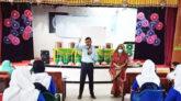 টানা ৩ ঘণ্টা ক্লাস নিলেন ডিসি, মুগ্ধ শিক্ষার্থীরা